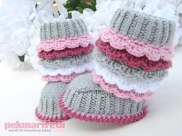 Minik prenseslere minicik botlar :)